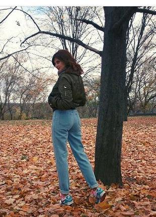 Не реально крутые момы. джинсы с высокой посадкой. джинсы мом