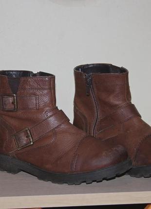 Кожаные сапожки. ботинки на весну. деми ботинки на мальчика