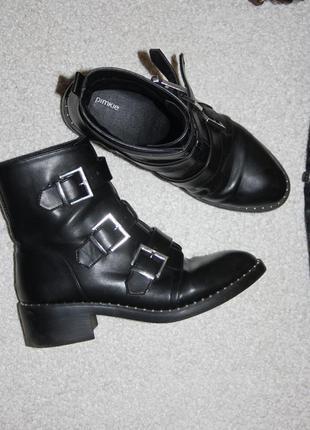 Стильные ботинки из эко кожи