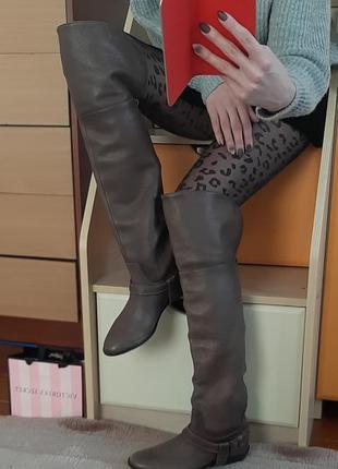 Мега крутые кожаные ботфорты . высокие сапоги
