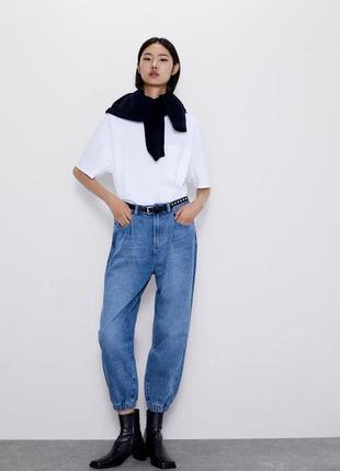 Джинсы бананами slouchy. стильные момы . джинсы с высокой поса...