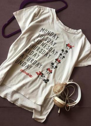 Актуальная футболка с микки и минни маусом от disney