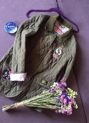 Очень класная  трендовая куртка , стеганка pauls boutique