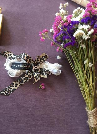 Подвязка на ножку невесты chanel