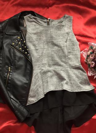 Красивая блузка с баской