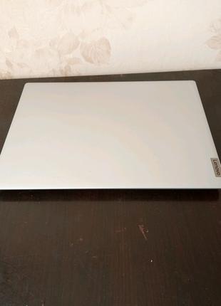 Lenovo ideapad 1 14ADA05