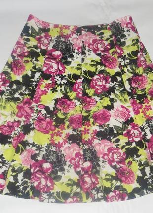 Яркая летняя юбка в цветы р.18