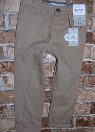 новые штаны джинсы чиносы мальчику 3 - 4 года