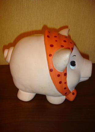 """Копилку """"свинка"""""""