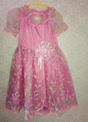 Платье нарядное 6-8 лет