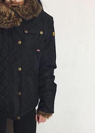 Женская зимняя куртка belstaff