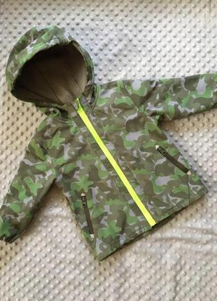 Яркая камуфляжная курточка на 2-3 года, мембрана, софтшел