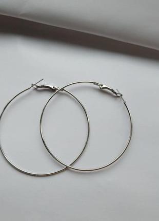 Серьги кольца 5,8 см.