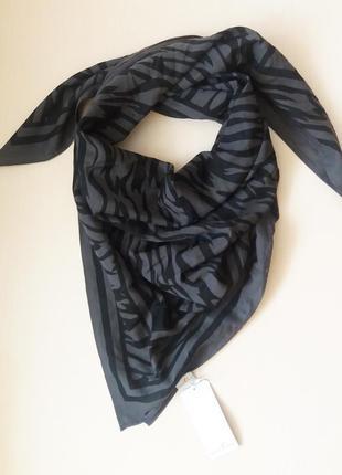 Женский платок  известного бренда s,oliver  сток из европы