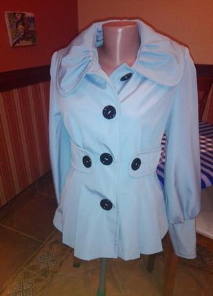 Курточка деми шикарного голубого цвета
