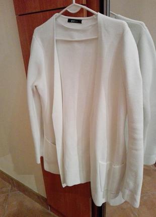 Пальто плотный кардиган белый