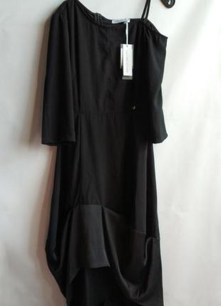 Вечернее женское платье итальянского бренда rinascimento, м, о...