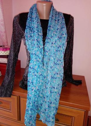 Очень милый шарф платок в цветочный принт