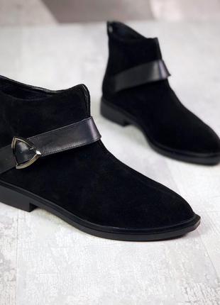 36-40. натуральная замша. трендовые деми ботинки с узким носком