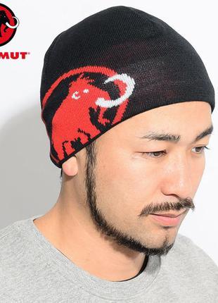 Mammut черная шапка бини с логотипом ( на ушах флисовая просло...