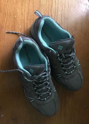 продаю оригінальні кросівки чоловік з Італія розмір 41 (26-26,5см