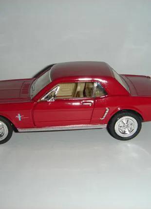 Продам машинку металлическую 1964 FORD MUSTANG.