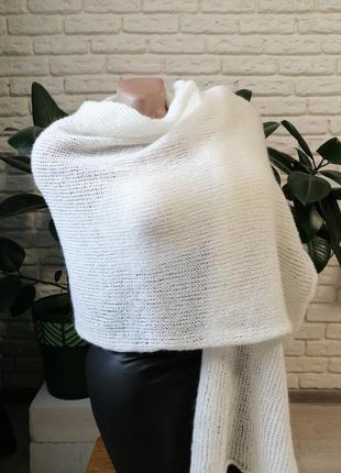 Нежнейший крутой шарф палантин из итальянской пряжи