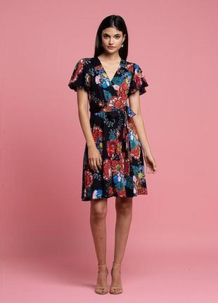 Eva franco платье на запах  s-размер. оригинал. сша