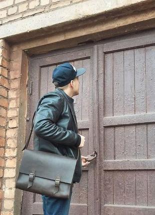 Мужская коричневая сумка через плечо