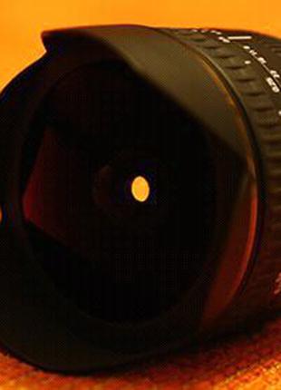 Sigma AF 15mm f/2.8 EX DG Fisheye Canon