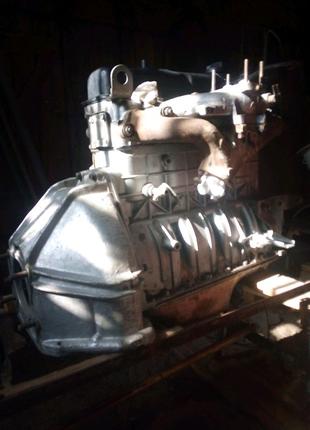 Запчастини уаз.двигун новий