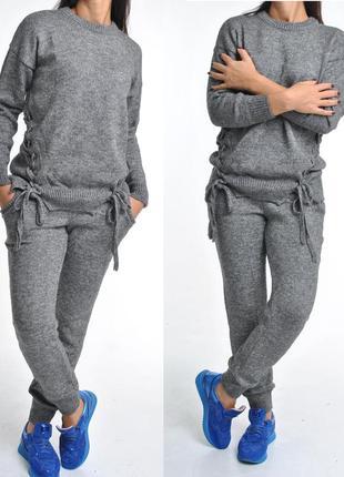 Теплые вязаные костюмы с интересным свитером. мега-качество, ц...