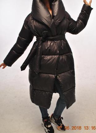 Пуховик-одеяло,насыщенный черный цвет