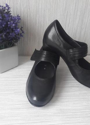 Модные женские туфли gabor