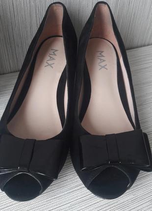 Модные женские туфли max