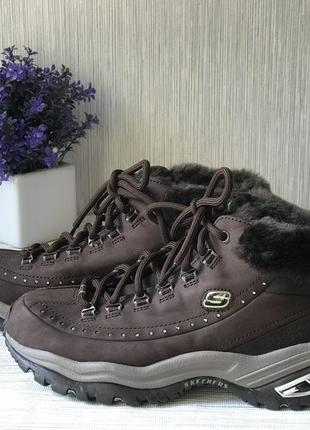 Спортивные ботинки skechers