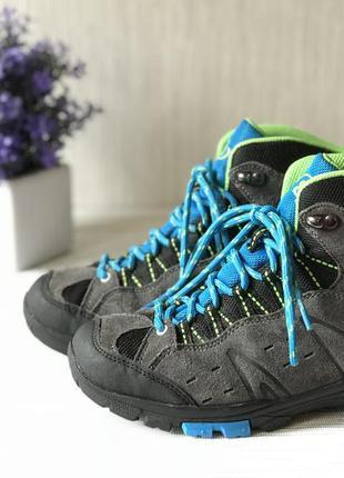 Зимние женские ботинки brutting