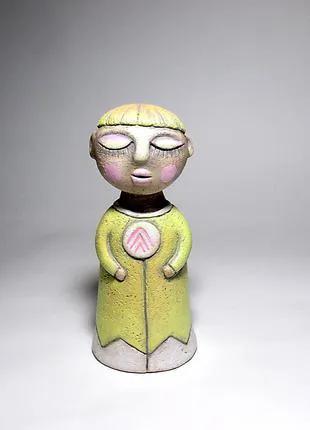 Статуэтка керамическая ручной работы .