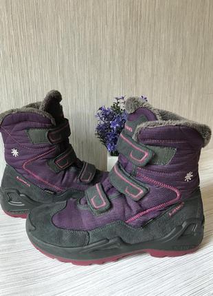 Женские ботинки lowa