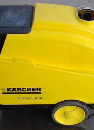 Продам Karcher HDS 695 M Eco керхер с подогревом б/у.