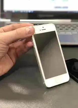 Apple iPhone 5 16Gb Оригинал БУ с Гарантией