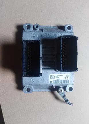 Блок управления двигателем Z14XEP Opel Combo 55353612 0261208256