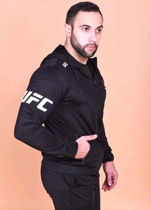 Мужской спортивный костюм Reebok UFC черный