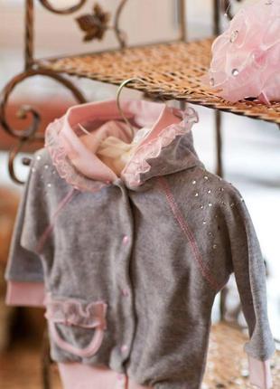 Костюм детский велюровый нарядный на девочку фирмы happytot