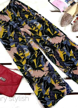 Модные штаны плиссе кюлоты бермуды