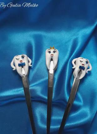 Ложки с зубами из полимерной глины