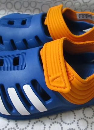 Босоножки adidas 20 р.