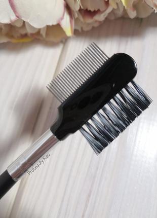 Расческа щетка гребень для ресниц и бровей (металл + синтетика)