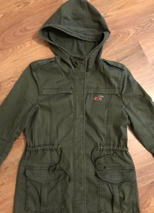 Куртка от Holister