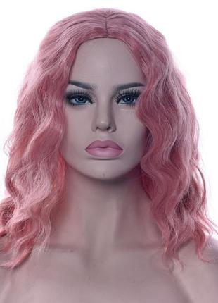 Парик каре розовый волнистый с пробором 3803
